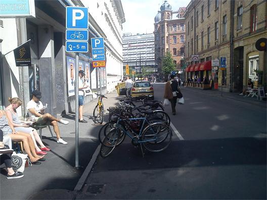 Andra långgatan skulle definitivt klara lite mera biltrafik